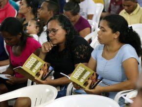 O livro escrito pelo pastor Alejandro Bullón, desafia cada líder a trabalhar para Cristo.