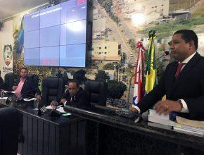 Pastor Donato A. Filho se pronuncia na tribuna da Câmara Municipal de Canaã dos Carajás.