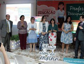 (esq. p/ dir.) Ivan Góes, Daisy Ribeiro, Rita Ramos, Ana Fernandes, Eleni Hosokawa, Doris Barrinuevo e Henilson Erthal.