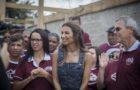 Jornalista Patrícia Poeta acompanha ações dos Calebes no sul do Paraná