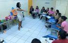 Professora usa internet para compartilhar ideias criativas