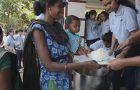 Jovens saem às ruas para amenizar efeitos da fome no mundo