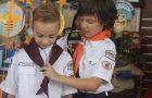Garoto leva vizinho para o Clube de Aventureiros e juntos criam canal no Youtube