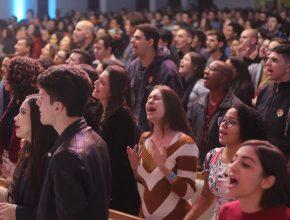 Apesar da expansão do evangelho através dos meios de comunicação da Igreja Adventista Mundial, 84% da população mundial nunca ouviu falar de Cristo ou se encontrou com um cristão