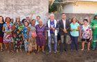 Idosas montam horta solidária em bairro do Espírito Santo
