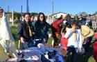 Jovens distribuem agasalhos e cobertores em Lages