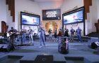 Vigília incentiva mais de mil jovens a despertarem para Deus e para a comunidade
