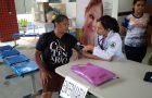 Profissionais de saúde realizam atendimento gratuito para comunidade