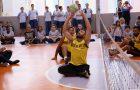 Alunos conhecem time de paravolei de Maringá em incentivo à prática de esporte