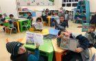 Nas salas de aulas alunos da Rede Adventista estudam livro missionário