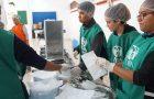 Após fechar restaurante popular, prefeitura de Porto Alegre faz parceria com a ADRA Brasil