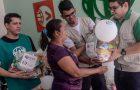 Voluntários promovem ação social no Dia Mundial do Refugiado