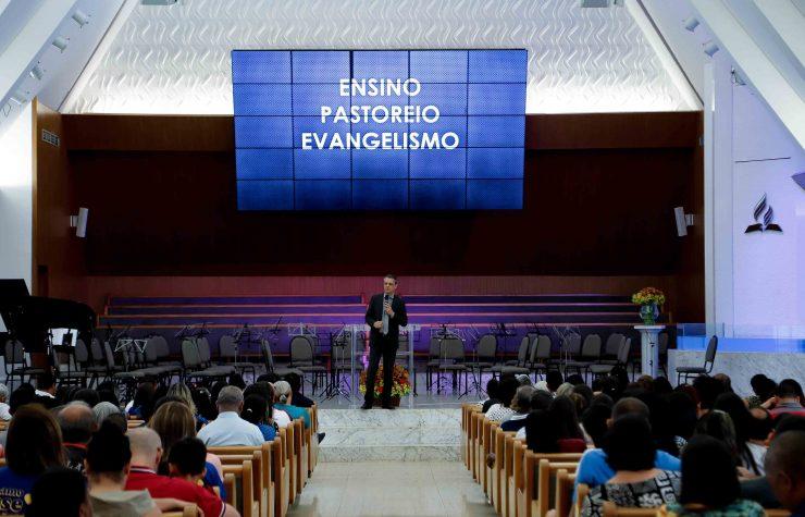 Celebração marca os 166 anos da Escola Sabatina em Brasília