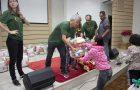 Voluntários doam 120 cestas básicas no Mutirão de Natal