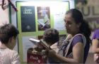 Máquina fornece livros adventistas gratuitos em praça pública