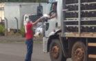 Adventistas entregam 150 marmitas por dia a caminhoneiros