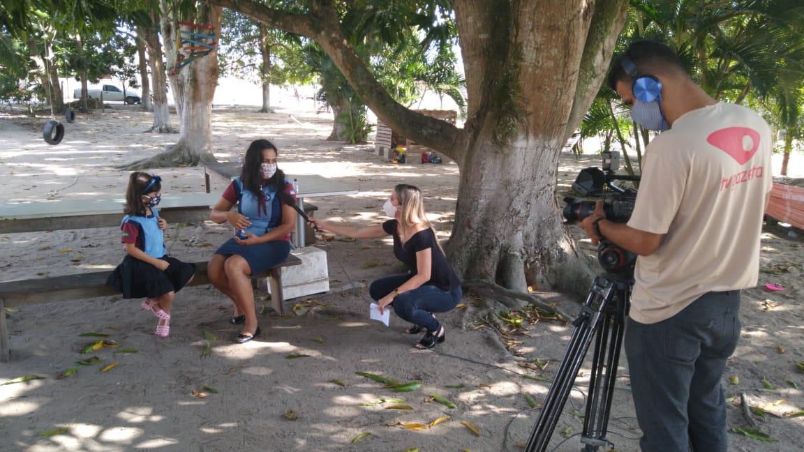 A Lara tem 6 anos e é surda. Mesmo assim, participa do projeto e foi destaque na reportagem. (Foto: Acervo Pessoal)