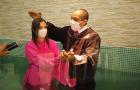 Mulher é batizada uma década após adquirir livros de colportor adventista