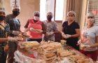 Voluntários desenvolvem projeto em favor da população em situação de rua no Rio de Janeiro