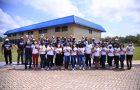 Colaboradores da Missão Pará Amapá distribuem livros em ação do Impacto Esperança