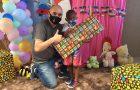 Igreja adventista promove entrega de presentes para crianças de comunidade carente