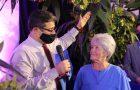 Mulher é rebatizada após 50 anos afastada da Igreja Adventista