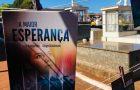 Livro A Maior Esperança é distribuído em cemitérios no norte do PR