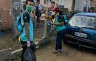 Jovens fazem campanha contra a dengue em Palhoça