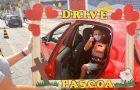 Escolas Adventistas distribuem presente de Páscoa para alunos em drive-thru
