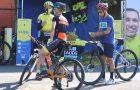 Ciclistas adventistas realizam blitz educativa em Curitiba