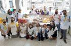 Jovens arrecadam 275kg de alimentos para a comunidade