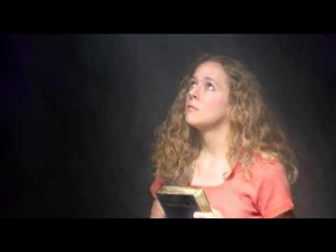 Tema 4: ¿Cómo nos ayuda el Espiritu Santo? – Serie La Biblia Habla