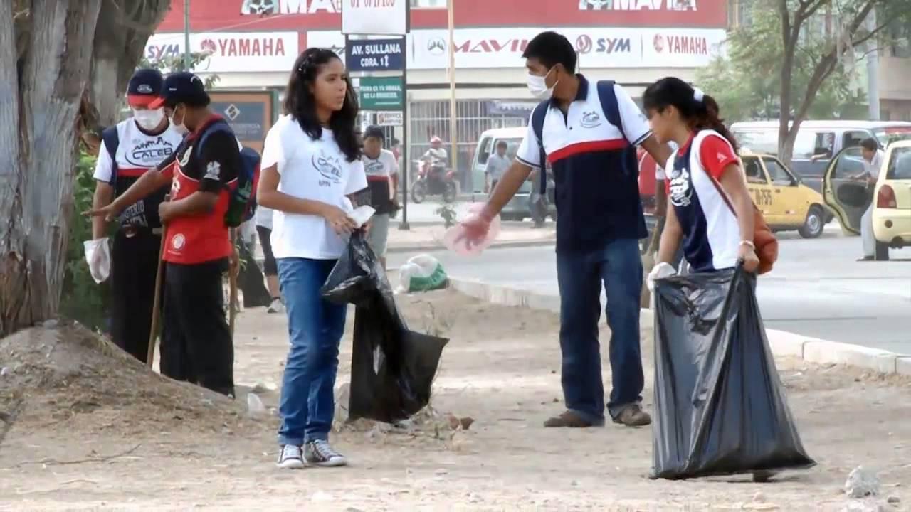 Jóvenes adventistas de misión Caleb participan en jornada de limpieza