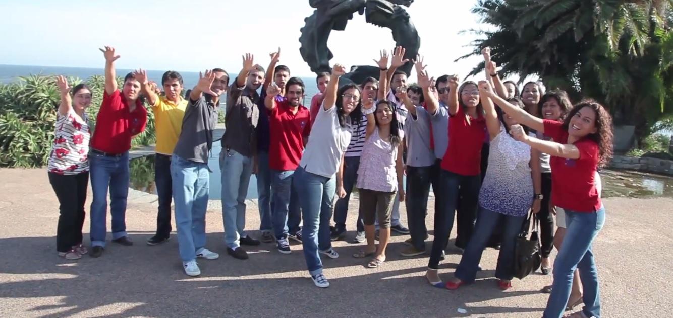 Un Año en Misión – Llegaron los misioneros a Montevideo