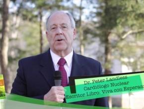 Dr. Peter Landless, autor libro Viva con Esperanza, saluda a los hermanos de la AMCH