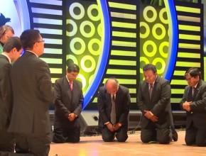 Perú dobló sus rodillas y elevó plegarias a Dios