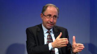 Aprenda más sobre el libro de Daniel | Entrevista con el teólogo Elias Brasil