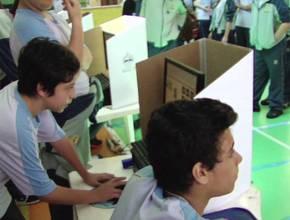 Simulado das eleições no Colégio do Brooklin