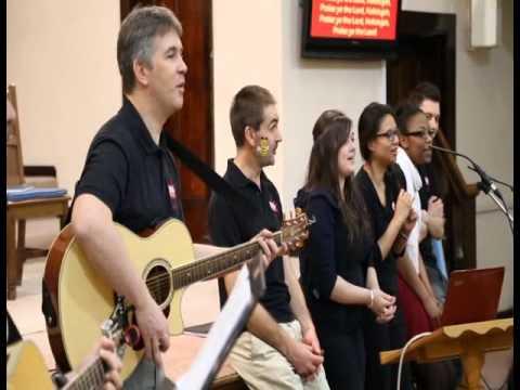 "23/Nov ""Messy"" Igreja | Informativo das Missões 4º trim/2013"