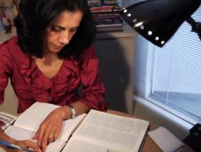Bíblia manuscrita – testemunho Cada Um Salvando Um