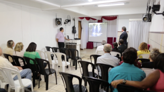 Semana Santa Adventista Realizada em uma Igreja Pentecostal