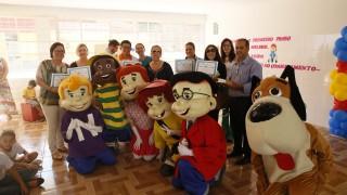 Crianças ganham assinatura da Revista Turma do Nosso Amiguinho