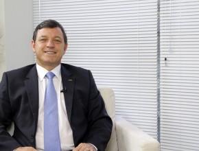 Ajuda aos refugiados – Pastor Paulo Lopes