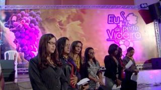 Três mil mulheres em oração