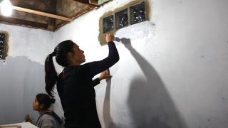Jovens presenteiam família com reforma de casa em Gravataí