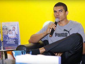 Atleta olímpico visita colégio adventista