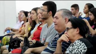 """Centenas de cristãos de Campina Grande participam do encontro """"A Palavra revelada"""""""