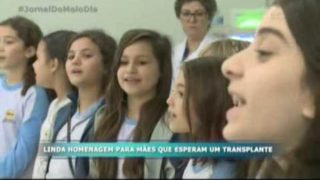 Record destaca ação de alunos em associação renal de Itajaí