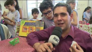 Ric/Record – Feira do Treco no CAF-E