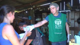 ADRA Brasil treina grupo de voluntários para atuar em unidade móvel